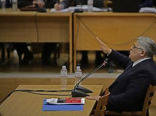 Φωτογραφία για Δίκη Χρυσής Αυγής: Ο Μιχαλολιάκος αδειάζει τα μέλη της Τοπικής Νίκαιας για τη δολοφονία Φύσσα