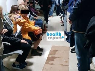 Φωτογραφία για Οι ουρές της ντροπής στα φαρμακεία του ΕΟΠΥΥ ζουν και βασιλεύουν! Σε απόγνωση ασθενείς και εργαζόμενοι