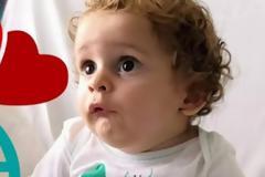 Ο Έλληνας καθηγητής Βασίλειος Δάρρας θα κάνει τη θεραπεία στον μικρό Παναγιώτη