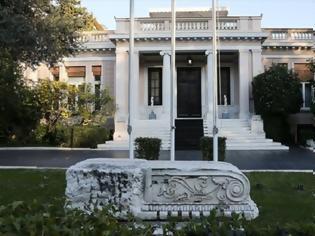 Φωτογραφία για Κυβερνητικές πηγές: Ο ΣΥΡΙΖΑ διέλυσε τη μεσαία τάξη