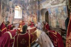 12720 - Φωτογραφίες πανηγυρικής Θείας Λειτουργίας στην εορτάζουσα Βατοπαιδινή Σκήτη του Αγίου Δημητρίου