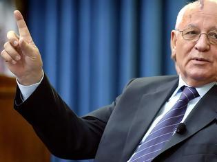 Φωτογραφία για O Γκορμπατσόφ περιγράφει πως έμαθε για την πτώση του Τείχους