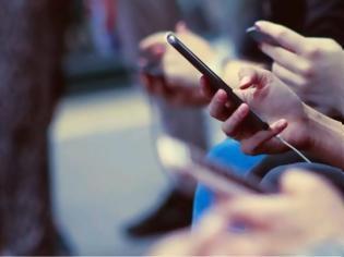 Φωτογραφία για Τα κινητά τηλέφωνα «κόβουν» χρόνια ζωής