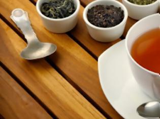 Φωτογραφία για Αυτός είναι ο λόγος που πρέπει να σταματήσεις να πίνεις το τσάι από φακελάκια - Δες τι προκαλεί στην υγεία σου