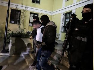 Φωτογραφία για Αντιτρομοκρατική: «Ευτυχώς προλάβαμε» - Ετοίμαζαν μεγάλο νυχτερινό χτύπημα μέσα στις επόμενες ημέρες