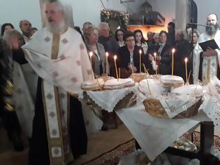 Φωτογραφία για Η εορτή του Αγίου Νεκταρίου στον ομώνυμο Ιερό Ναό στο Δοκίμι Αγρινίου.