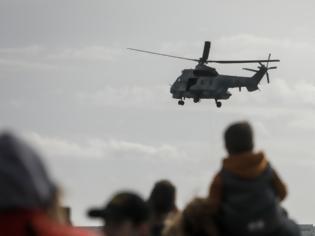 Φωτογραφία για φωτος: Μαχητικά αεροσκάφη και ελικόπτερα στον ουρανό της Αθήνας-Ναυπλίον
