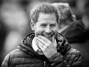 """Φωτογραφία για Ο πρίγκιπας Harry μόλις """"πρόδωσε"""" τη δεύτερη εγκυμοσύνη της Meghan Markle"""