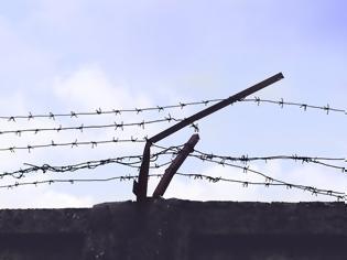 Φωτογραφία για Συνελήφθη δραπέτης φυλακών με τρεις ληστείες