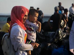 Φωτογραφία για Δήμαρχος Ξηρομέρου ΓΙΑΝΝΗΣ ΤΡΙΑΝΤΑΦΥΛΛΑΚΗΣ: Παραμένουμε στο σκοτάδι για την έλευση προσφύγων