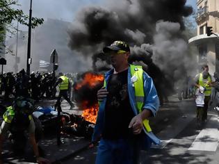 Φωτογραφία για Κίτρινα Γιλέκα: Αστυνομικό «στοπ» για διαδηλώσεις στη Σανζ Ελιζέ ενόψει της πρώτης επετείου