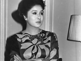 Φωτογραφία για Imelda Marcos: Η Σύζυγος του δικτάτορα Φιλιππίνων κοιμόταν πάνω σε μαργαριτάρια