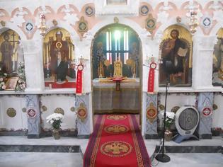 Φωτογραφία για Άγιος Ιωάννης Χρυσόστομος: «Δάνεισε κι εσύ δυο ώρες στο Θεό, πηγαίνοντας στην εκκλησία»