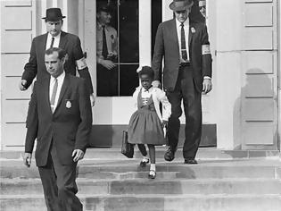 Φωτογραφία για Ruby Bridges: Με φέρετρο είχαν υποδεχτεί την πρώτη μαύρη μαθήτρια σε σχολείο λευκών στις ΗΠΑ