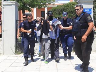 Φωτογραφία για Επιχείρηση «Αστραπή» για τους 8 Τούρκους: Υπήρξε πολιτική απόφαση λέει ο δημοσιογράφος που αποκάλυψε το «παζάρι»