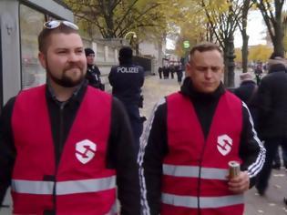 Φωτογραφία για Αυτόκλητοι ακροδεξιοί σερίφηδες στο Βερολίνο