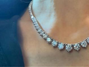 Φωτογραφία για Ληστεία με λεία-μαμούθ στο Λονδίνο: Πήραν κοσμήματα αξίας άνω του €1 εκατ.