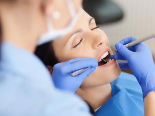 Φωτογραφία για Αφόρητος πονόδοντος χωρίς να υπάρχει πρόβλημα σε δόντι: Τι φταίει