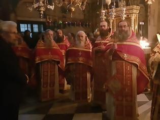 Φωτογραφία για 12795 - Φωτογραφίες από το συλλείτουργο των Ηγουμένων στον Ιερό Ναό του Πρωτάτου