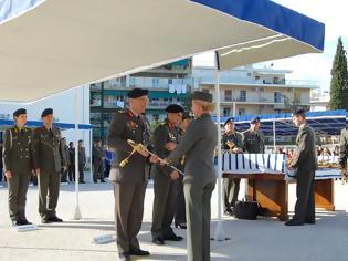Φωτογραφία για Απονομή Ξιφών από τον Αρχηγό ΓΕΣ σε Αξιωματικούς του Στρατού Ξηράς (ΦΩΤΟ)