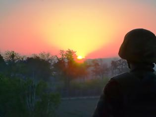 Φωτογραφία για Τι γίνεται με τον Στρατό στον Έβρο;