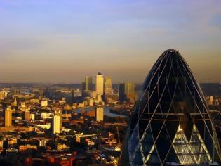 Φωτογραφία για «Βρόμικο» Λονδίνο: Έρευνα-σοκ δείχνει ότι το να αναπνέεις είναι σα να καπνίζεις 160 τσιγάρα το χρόνο!