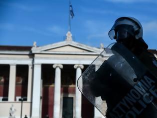 Φωτογραφία για Παπάγου: Συνέλαβαν Βέλγο που έφτιαχνε εμπρηστικό μηχανισμό εν όψει των εκδηλώσεων για τον Γρηγορόπουλο!