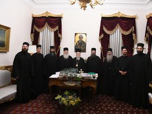 Φωτογραφία για 12855 - Προσκυνηματική επίσκεψη των Καθηγουμένων των Ι. Μονών Ξενοφώντος και Παντοκράτορος και Αγιορειτών πατέρων στην Ιερά Καθέδρα της Μητρός Εκκλησίας