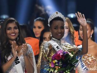 Φωτογραφία για Miss Universe: Από τη Νότια Αφρική η νικήτρια με μήνυμα για το χρώμα του δέρματος και τα μαλλιά της