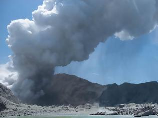Φωτογραφία για Έκρηξη ηφαιστείου στη Νέα Ζηλανδία: Καταστροφή που περίμενε να συμβεί