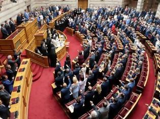Φωτογραφία για Οι βουλευτές της ΝΔ αξιολογούνται και από το πόσες εμφανίσεις έκαναν στην τηλεόραση...