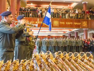 Φωτογραφία για Απονομή Ξιφών σε 234 Αξιωματικούς σε διαδοχικές τελετές στις έδρες Σχηματισμών ΣΞ (ΦΩΤΟ)