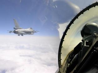 Φωτογραφία για Κάνουν ό,τι θέλουν οι Τούρκοι: Προκάλεσαν εικονικές αερομαχίες με οπλισμένα μαχητικά