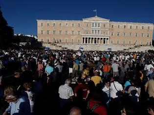 Φωτογραφία για Διαδηλώσεις παρουσία εισαγγελέα: Τι προβλέπει ν/σ που θα φέρει στη Βουλή η κυβέρνηση
