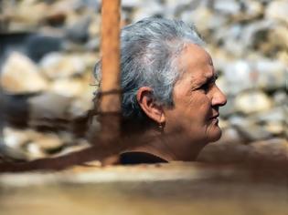 Φωτογραφία για Κίναρος: Ποια είναι η κυρία Ρηνιώ και γιατί αρνήθηκε να φύγει από το νησί