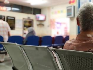 Φωτογραφία για ΠΟΕΔΗΝ: Οι επισκέψεις του υπουργού δεν διορθώνουν την ταλαιπωρία των ασθενών στα νοσοκομεία