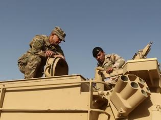 Φωτογραφία για Ιράκ: 50 Ιταλοί στρατιώτες εγκατέλειψαν για λόγους ασφαλείας αμερικανική βάση