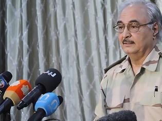 Φωτογραφία για Λιβύη - Μόσχα: Αποχώρησε χωρίς συμφωνία ο Χάφταρ - Νέες συγκρούσεις νότια της Τρίπολης
