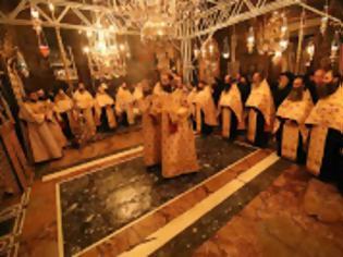 Φωτογραφία για 13031 - Φωτογραφίες από τον σημερινό εορτασμό της Περιτομής του Κυρίου και του Αγίου Βασιλείου στο Βατοπαίδι. Κοπή βασιλόπιτας