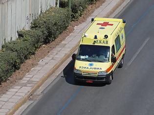 Φωτογραφία για Πατέρας παρέσυρε και σκότωσε με το αυτοκίνητο το δύο ετών κοριτσάκι του