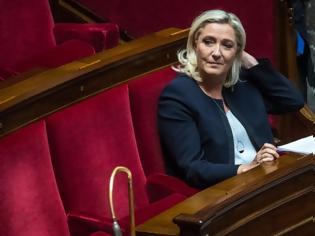 Φωτογραφία για Η Μαρίν Λεπέν ανακοίνωσε την υποψηφιότητά της