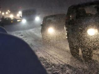 Φωτογραφία για Στα λευκά η Πάρνηθα - Xιονόπτωση και τσουχτερό κρύο