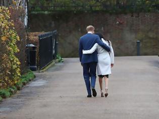 Φωτογραφία για Ο δούκας και η δούκισσα του Σάσεξ χάνουν τον τίτλο της βασιλικής υψηλότητας