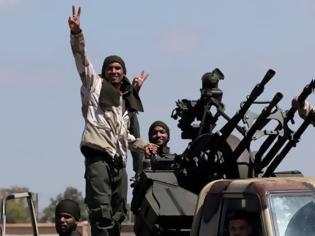 Φωτογραφία για Λιβύη: Σχεδόν 2.500 Σύρους μαχητές έχει «προωθήσει» η Τουρκία στον εμφύλιο