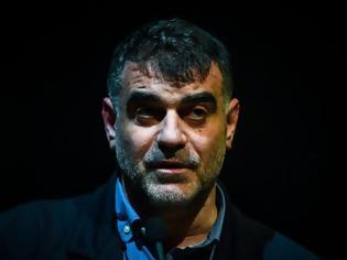 Φωτογραφία για Ποινή φυλάκισης πέντε μηνών στον Κώστα Βαξεβάνη για εξύβριση του Αντ. Σαμαρά