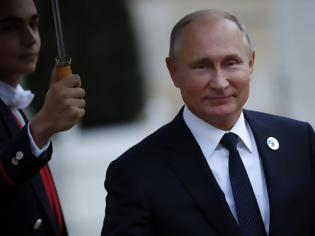 Φωτογραφία για Ο Πούτιν κατέθεσε νομοσχέδιο για τις συνταγματικές αλλαγές