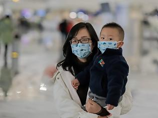 Φωτογραφία για Συναγερμός από τον κοροναϊό της Κίνας: Εννέα οι νεκροί, στους 440 οι ασθενείς - Εξαπλώνεται σε άλλες χώρες