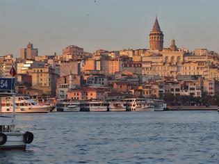 Φωτογραφία για Τουρκία: 2.560 Έλληνες επενδυτές πήραν την τουρκική υπηκοότητα την τριετία 2016-2018