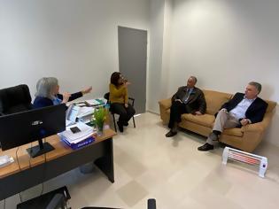 Φωτογραφία για Επισκέψεις του Θανάση Καββαδά στο Δικαστικό Μέγαρο και το Λιμεναρχείο Λευκάδας