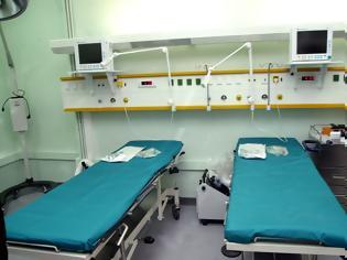 Φωτογραφία για ΘΑ ΓΕΜΙΣΟΥΜΕ ΚΑΙ ΨΩΡΑ... Έκτακτο: Στο νοσοκομείο της Νίκαιας έξι αλλοδαποί με ψώρα – Συναγερμός στο ΕΣΥ